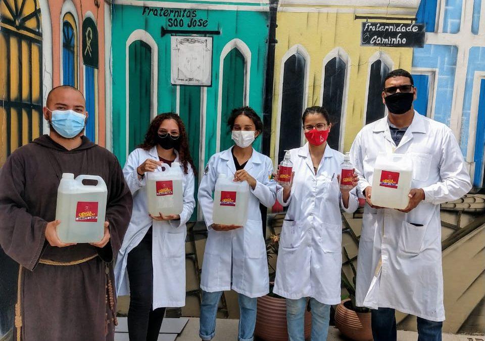 No Dia do Químico, CRQ-11 participa de doação de sabonete líquido
